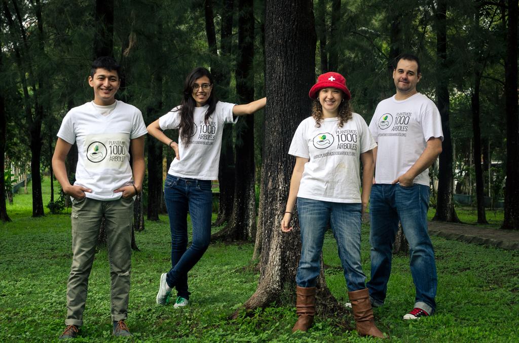 Plantemos 1000 Árboles - Primera Siembra - Grupo de voluntarios